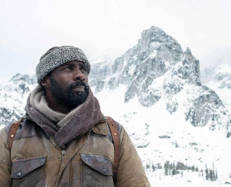 The Mountain Between Us Photos + Posters