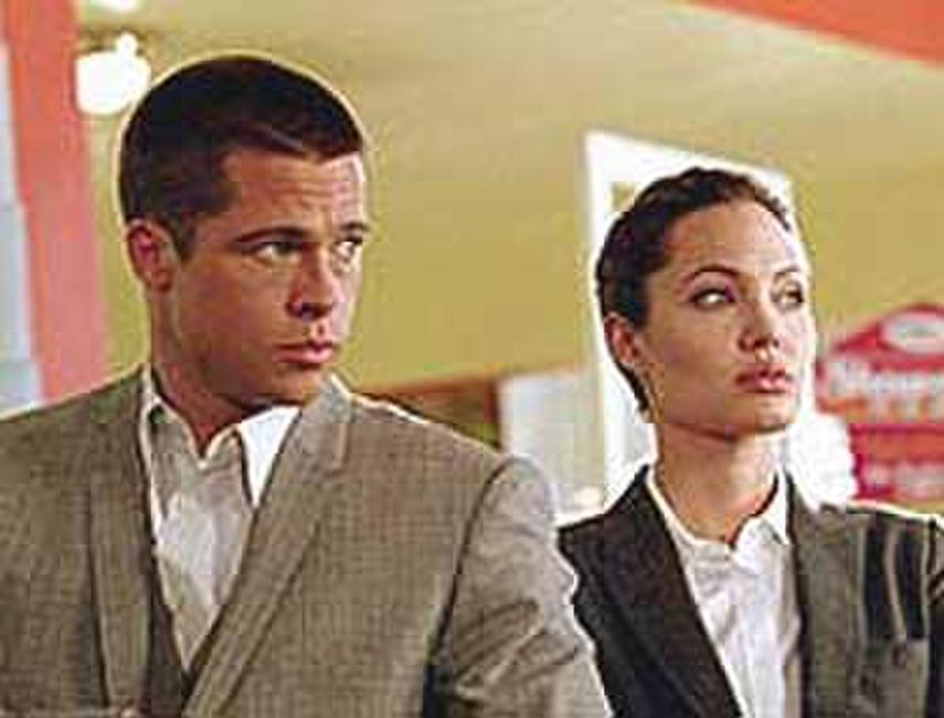Mr. & Mrs. Smith (2005) Photos + Posters