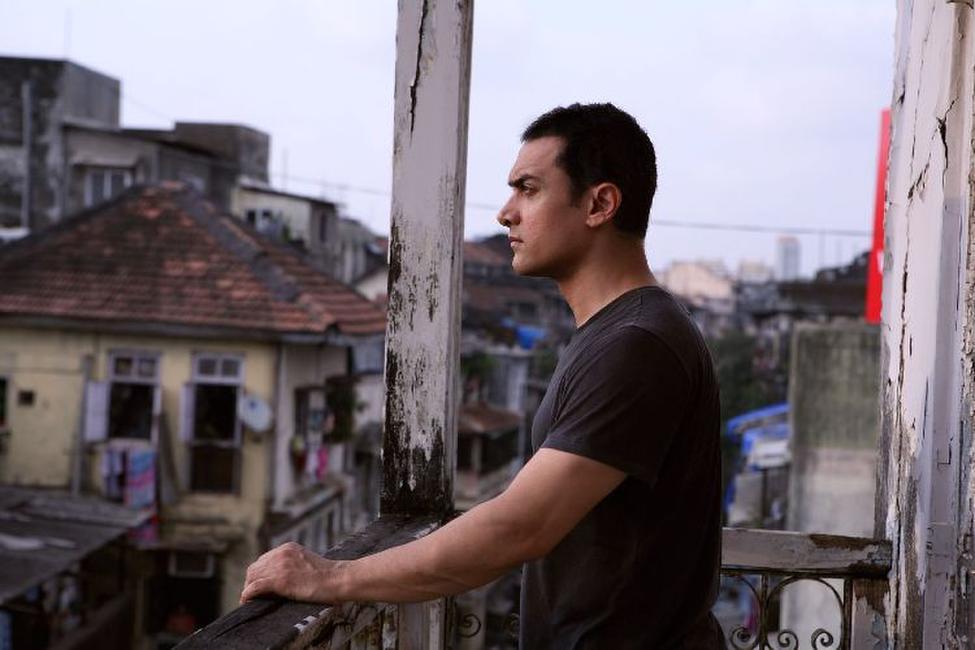 Dhobi Ghat (Mumbai Diaries) Photos + Posters