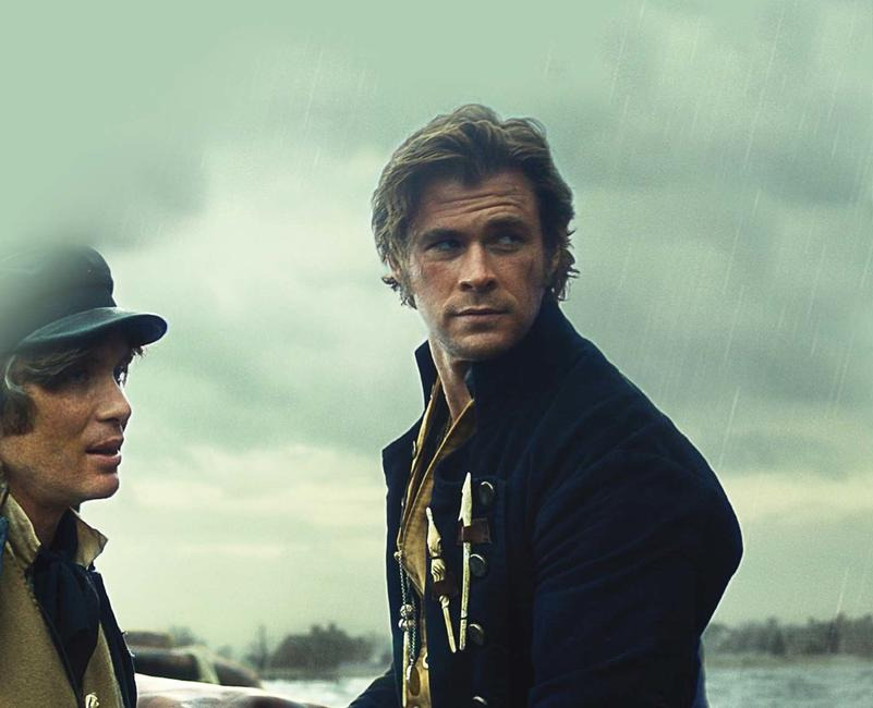 In the Heart of the Sea Photos + Posters