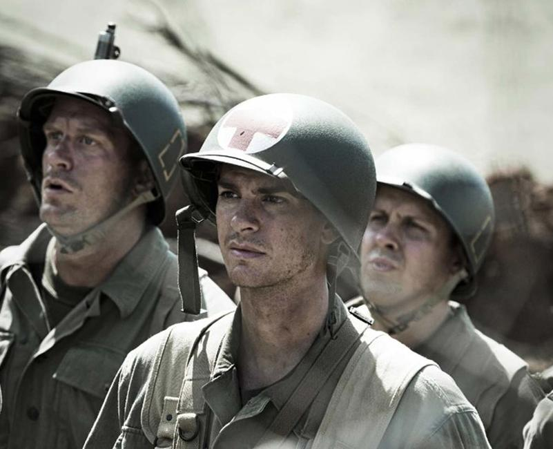 Hacksaw Ridge Photos + Posters