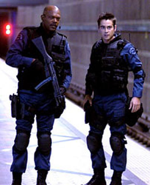 S.W.A.T. - Spanish Subtitles Photos + Posters