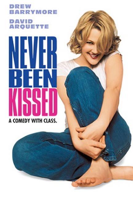 Girlie Night: NEVER BEEN KISSED Photos + Posters