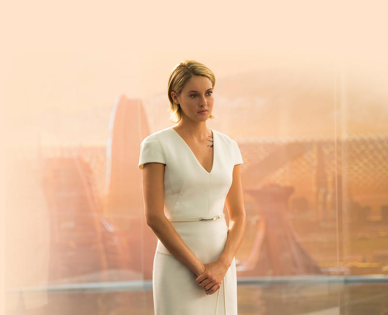 The Divergent Series: Allegiant Photos + Posters