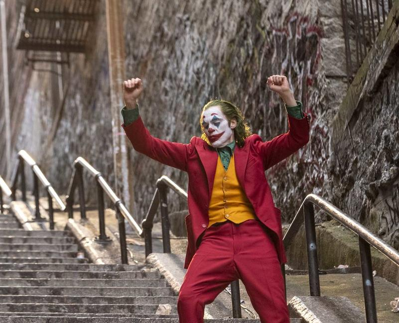 Joker (2019) Photos + Posters