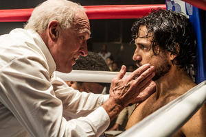 Exclusive Clip: Robert De Niro Returns to Boxing in 'Hands of Stone'
